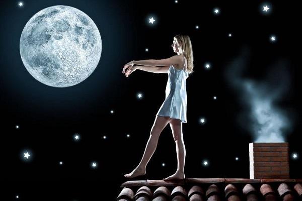 сон про лунатика