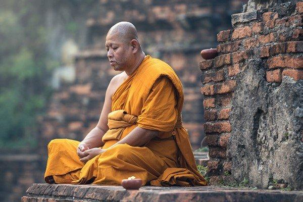 сон про монаха