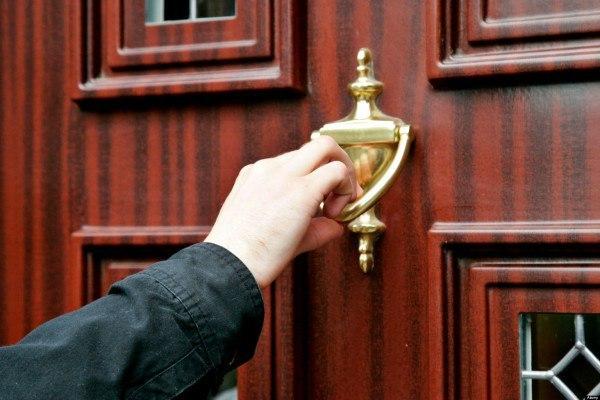 сон про стук в дверь